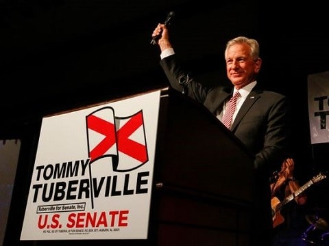 tommy tuberville at the podium after winning the alabama us senate gop primary